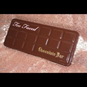 Too Faced : The Chocolate Bar Eyeshadow Palette